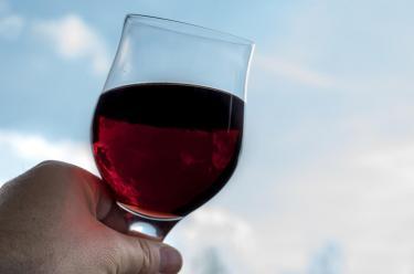 Alkohol w ciąży naraża dziecko na narkomanię