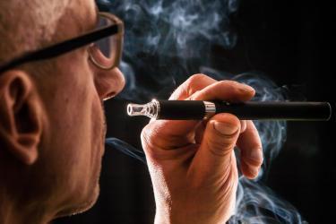 E-papierosy: argumenty za i przeciw