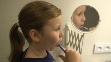 Jak zachęcić dzieci do mycia zębów