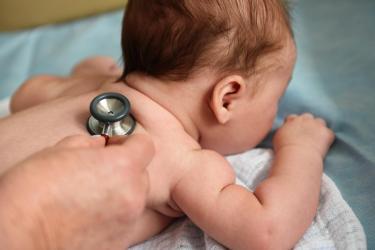 Zapalenie płuc u dzieci: jak w porę dostrzec objawy